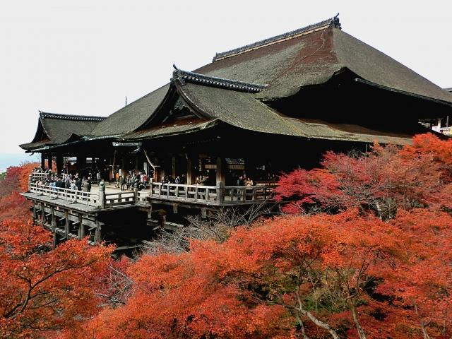 清水寺のアクセスや駐車場、拝観料や見どころ
